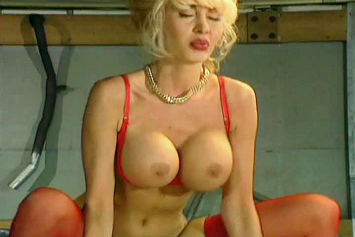 dolly buster free porn Free porn.